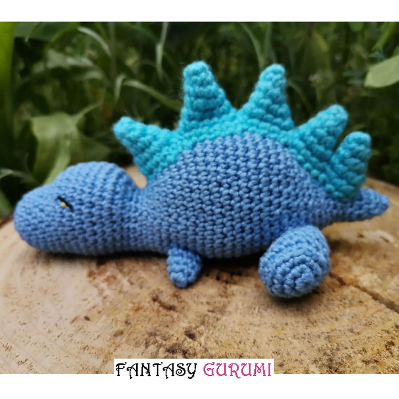 bebe dinosaure bleu