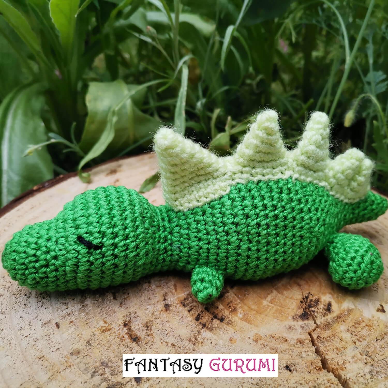 bébé t-rex vert